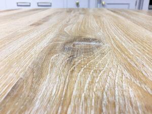 Oak Round White Washed Brushed Single Pedestal Table